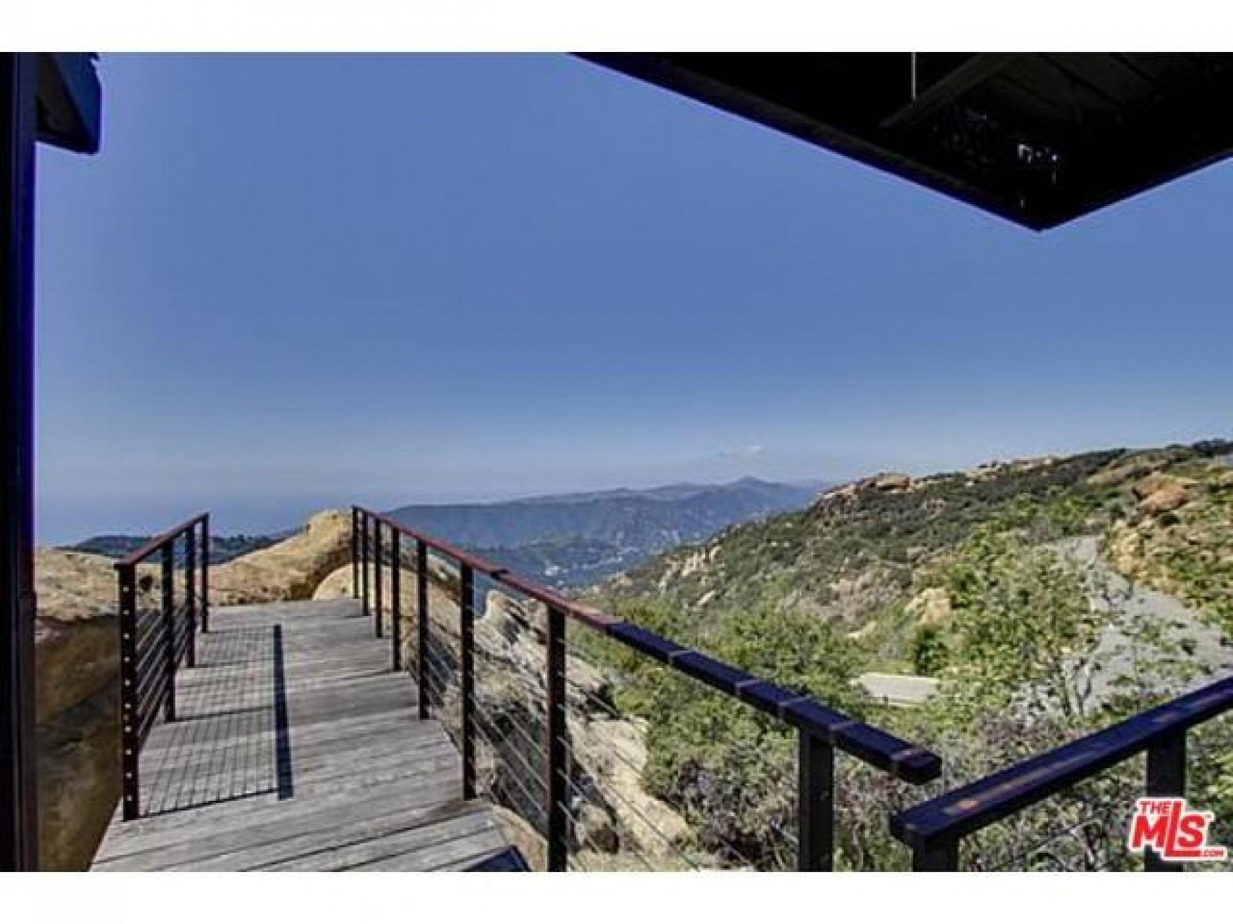 300 LOMA METISSE Road, Malibu, CA 90265